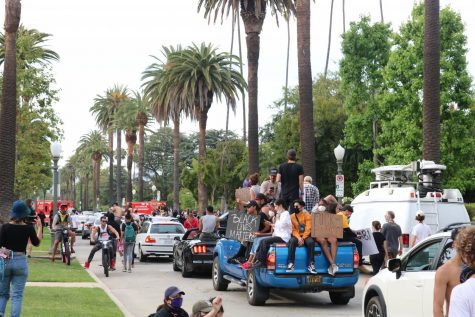 Protesters pulling away from the entrance of L.A. Mayor Eric Garcetti's official residence.