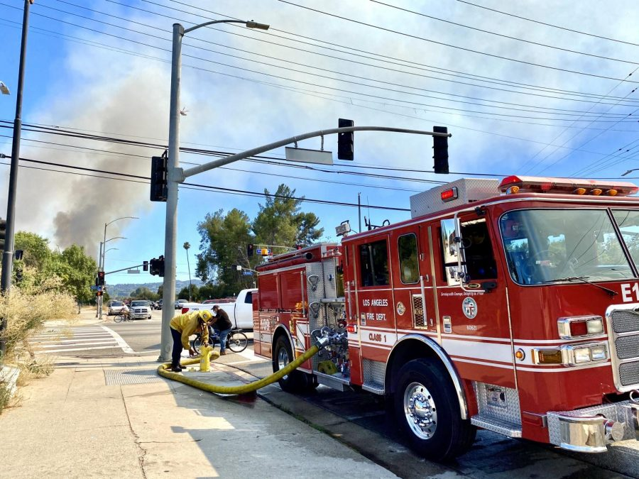 63+firefighters+from+the+Los+Angeles+Fire+Department+responded+to+a+brush+fire+near+the+Sepulveda+Basin+at+3%3A50+p.m.+on+Saturday%2C+July+18%2C+2020.