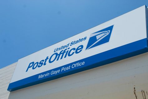 Delayed medication, empty trucks and fear: U.S. Postal Service employees speak out on the chaos