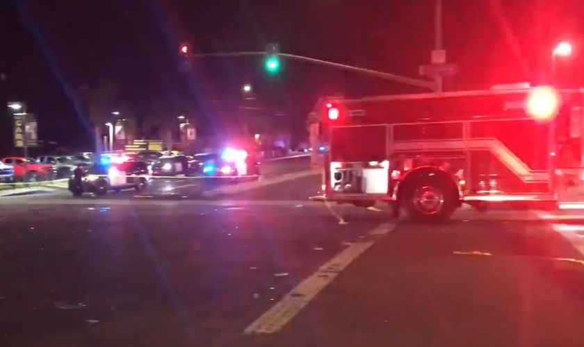 First+responders+attended+to+a+five-vehicle+crash+that+killed+two+and+injured+four+others+on+Wednesday+Sept.+9+at+the+corner+of+70th+Street+and+El+Cajon+Boulevard+in+San+Diego.