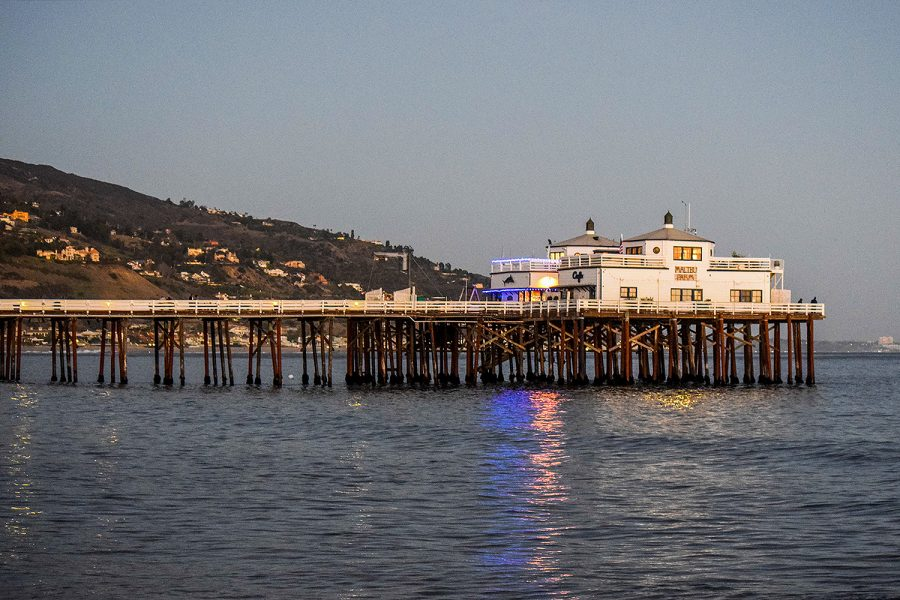 The+Malibu+Farm+Cafe+is+located+at+the+end+of+the+pier+over+the+Pacific+Ocean.
