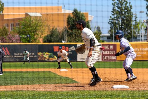Jason Ajamian protects first base during the second game of the series against UC Irvine at Matador Field in Northridge, Calif., on Saturday, April 3, 2021.