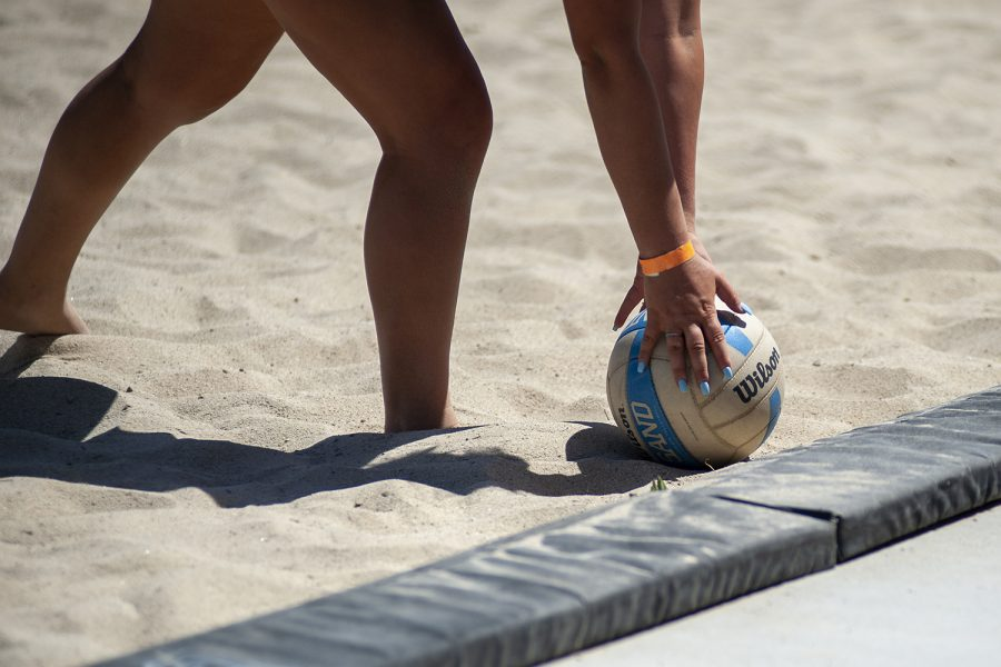 Kailey+Klein+picks+up+the+ball+during+CSUN%27s+match+against+Grand+Canyon+University+at+the+CSUN+Beach+Volleyball+Complex+in+Northridge%2C+Calif.+on+Saturday%2C+April+9%2C+2021.