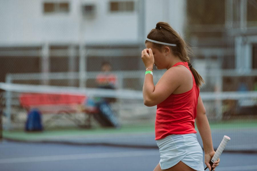 Magdalena+Hedrzak+puts+her+face+in+her+hand+after+losing+a+point+during+her+singles+match+against+Eira+Tobrand+from+Cal+State+Fullerton+at+the+Matador+Tennis+Complex+in+Northridge%2C+Calif.%2C+on+Wednesday%2C+April+21%2C+2021.