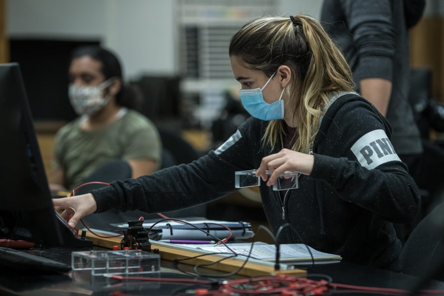 Brittney Milla, an environmental and occupational major, works on her circuit lab assignment during her physics lab class in CSUN's Live Oak Hall in Northridge, Calif., on Thursday, March 25, 2021.