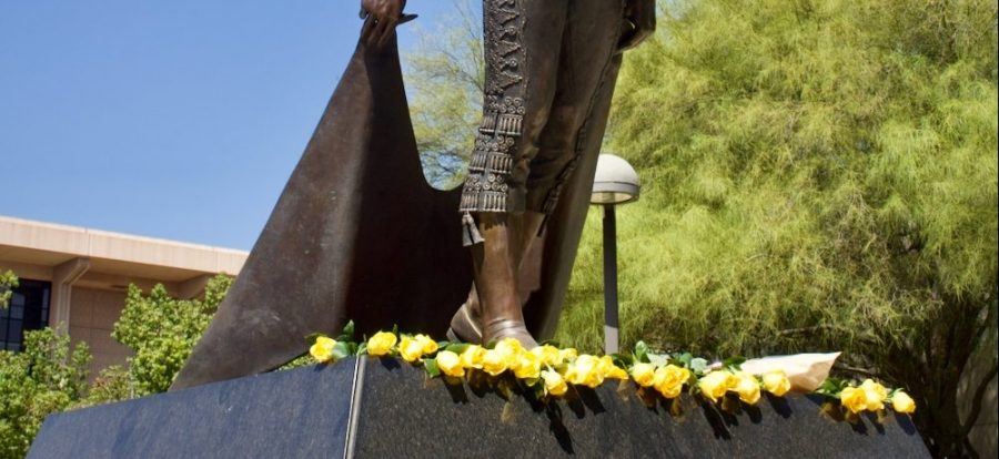 Yellow+roses+were+placed+at+the+Matador+Statue+in+California+State+University+Northridge+in+Northridge%2C+Calif.+in+honor+of+the+upcoming+20th+anniversary+of+9%2F11+on+Thursday%2C+Sept.+9%2C+2021.