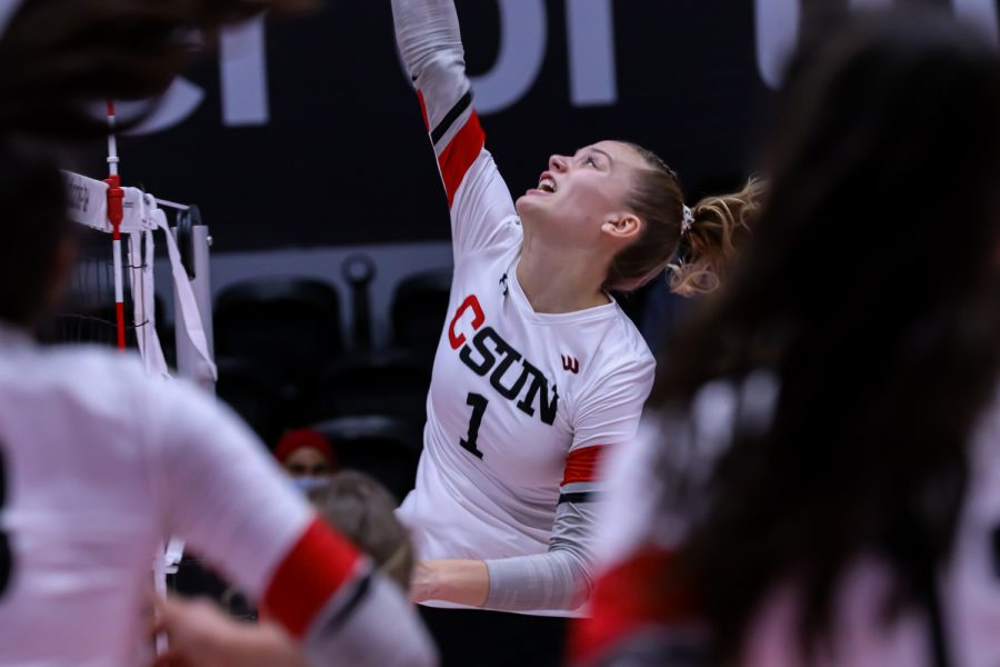 CSUN sophomore Taylor Orshoff approaches the net for a hit during the game against CSUF in Northridge, Calif. on Friday, Oct. 8, 2021.