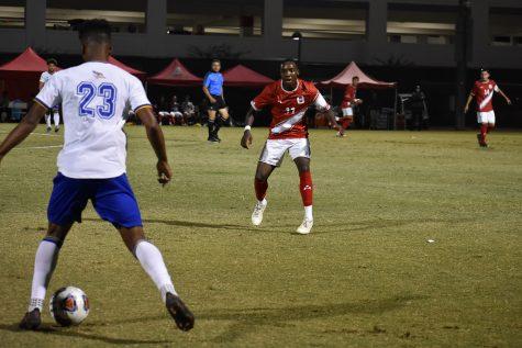 CSUN redshirt freshman Jamar Ricketts, #11, gets back on defense against CSU Bakersfield in Northridge, Calif. on Wednesday, Sept. 29, 2021.